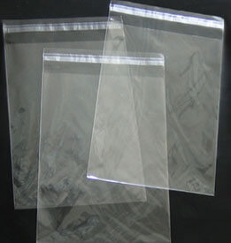 high-clarity-bag-with-resealable-tape